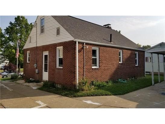 1206 Colonial Ne Blvd, Canton, OH - USA (photo 2)