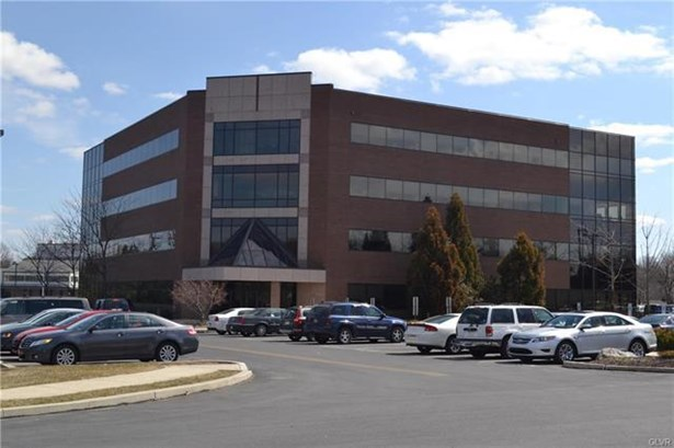 3500 Winchester Road 100, Allentown, PA - USA (photo 1)
