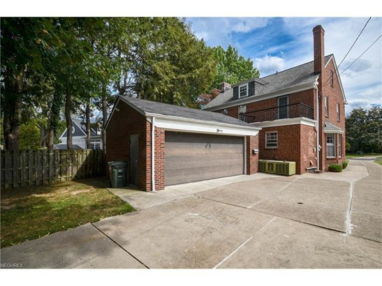 19242 Coffinberry Blvd, Fairview Park, OH - USA (photo 3)