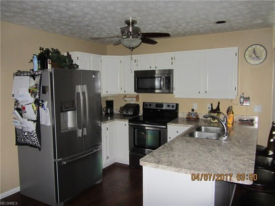 405 Pineview Vlg, Howland, OH - USA (photo 2)