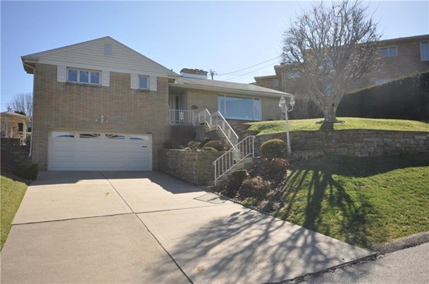 4383 Colonial Park Dr, Brentwood, PA - USA (photo 1)