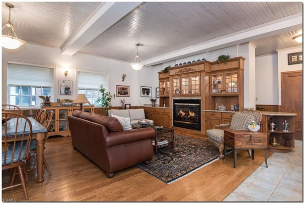 2517 Guilford Rd, Cleveland Heights, OH - USA (photo 5)