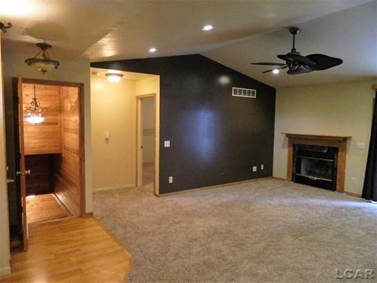 13865 Northmoor Drive, Cement City, MI - USA (photo 4)