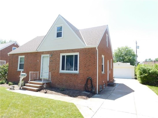 1242 Genesee Ave, Mayfield Heights, OH - USA (photo 1)