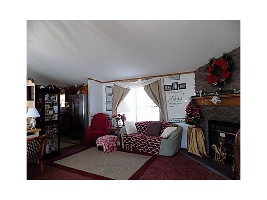 302 Evergreen Court, Export, PA - USA (photo 4)