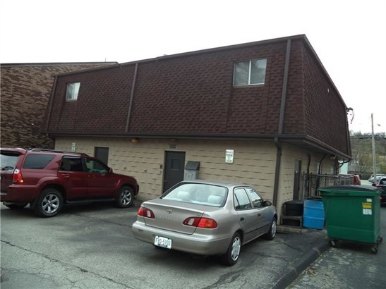 1510 Lincoln Way, White Oak, PA - USA (photo 4)
