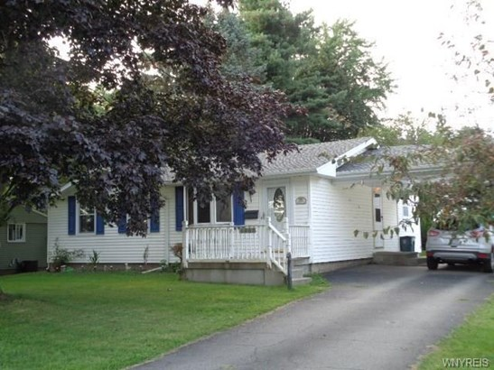 6065 Wallace Ave, Newfane, NY - USA (photo 1)