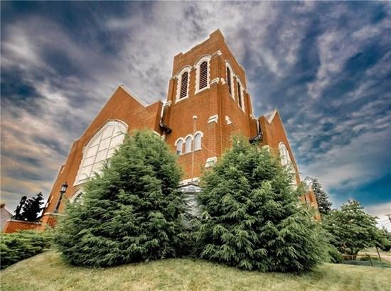 1301-1315 E Washington St, New Castle, PA - USA (photo 1)