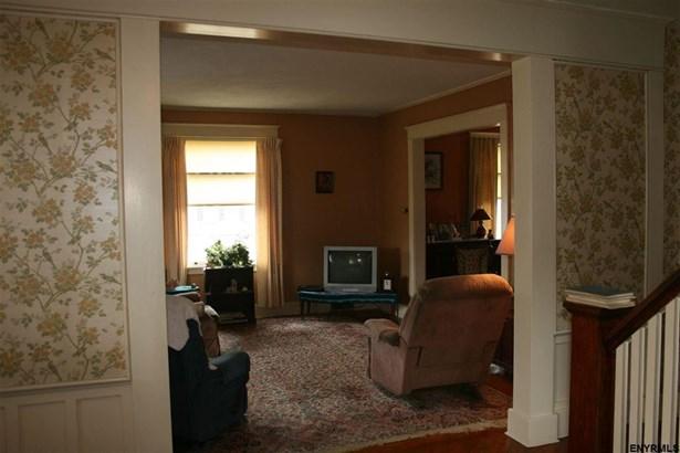 75 Moyer St, Canajoharie, NY - USA (photo 2)
