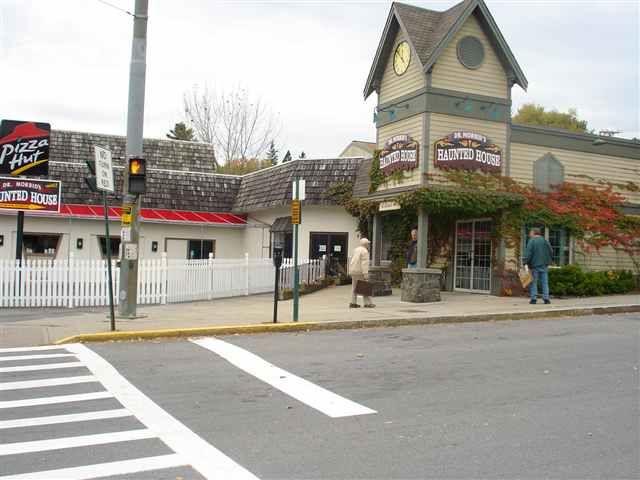 111 Canada St, Lake George, NY - USA (photo 3)