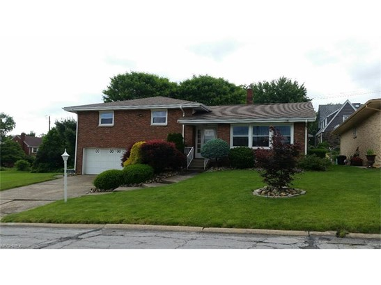 2052 Eve Dr, Steubenville, OH - USA (photo 1)