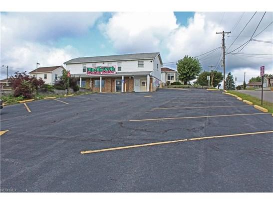 3329 Pennsylvania Ave, Weirton, WV - USA (photo 2)