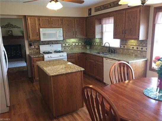 376 Winchester Ln, Brunswick, OH - USA (photo 2)