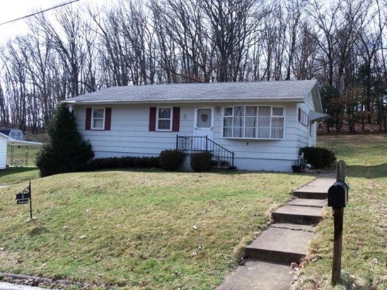 6 Gateway Drive, Oil City, PA - USA (photo 1)
