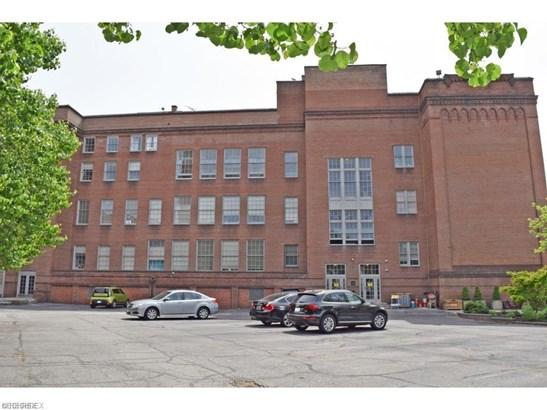 2043 Random Rd 110, Cleveland, OH - USA (photo 1)