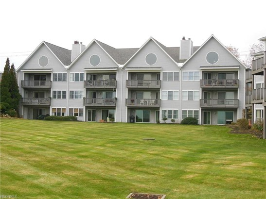 665 Second St 7, Fairport Harbor, OH - USA (photo 1)