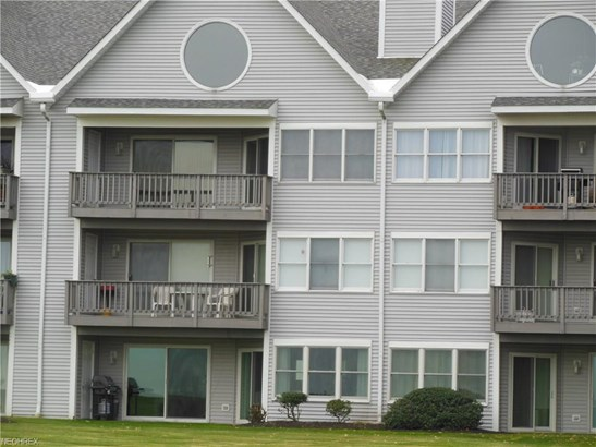 665 Second St 7, Fairport Harbor, OH - USA (photo 2)