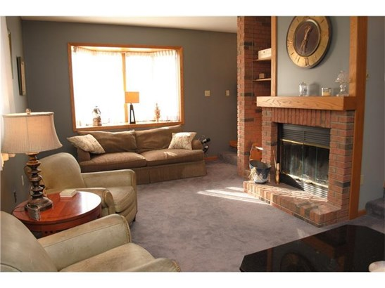 384 Willow Hedge, Monroeville, PA - USA (photo 5)