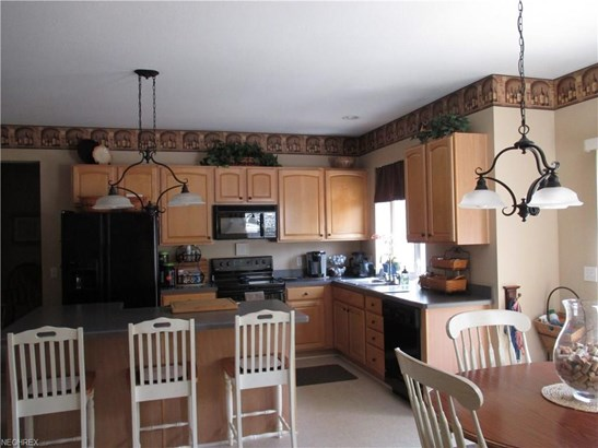 7315 Glenside Ln, Olmsted Township, OH - USA (photo 4)