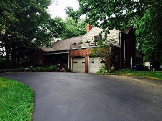 3447 Ellwood, Castle, PA - USA (photo 1)