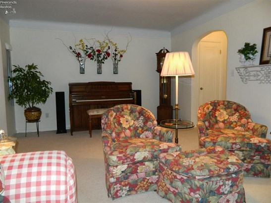 1615 Birchard Avenue, Fremont, OH - USA (photo 2)