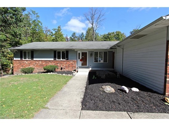 2957 Tall Tree Trl, Willoughby Hills, OH - USA (photo 1)