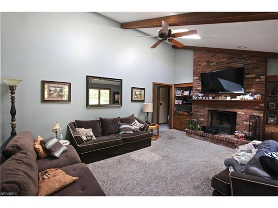 2957 Tall Tree Trl, Willoughby Hills, OH - USA (photo 3)