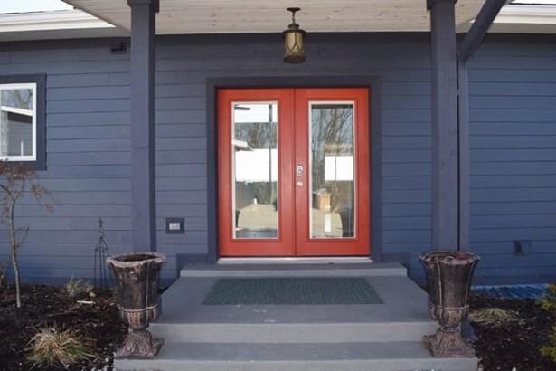 875 Highland Ave, Shaler Township, PA - USA (photo 4)