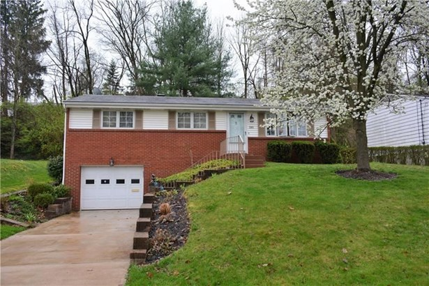 285 Woodridge Dr, Greentree, PA - USA (photo 1)