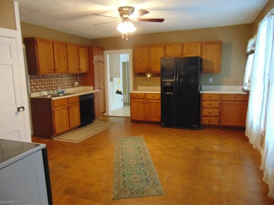 8121 Maple Ave, Garrettsville, OH - USA (photo 5)