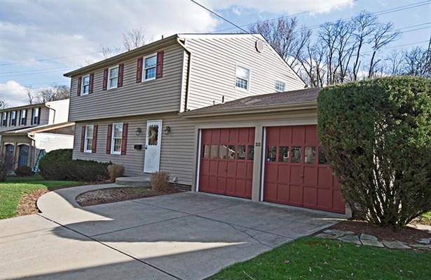 213 Thunderwood Dr, Bethel Park, PA - USA (photo 2)