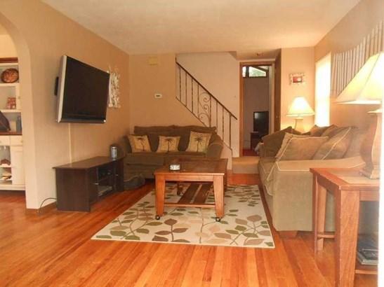1307 White Oak Drive, Penn Hills, PA - USA (photo 3)