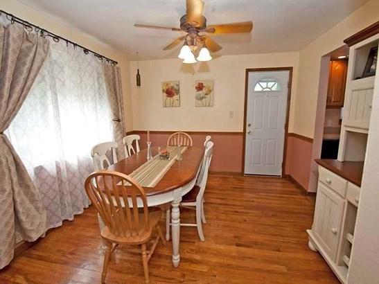 1307 White Oak Drive, Penn Hills, PA - USA (photo 4)
