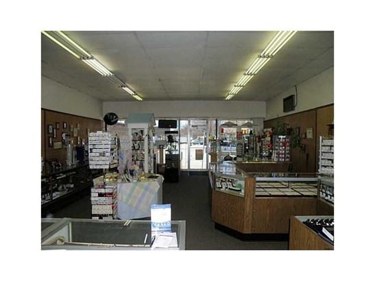 65-79 W Main Street, Girard, PA - USA (photo 2)