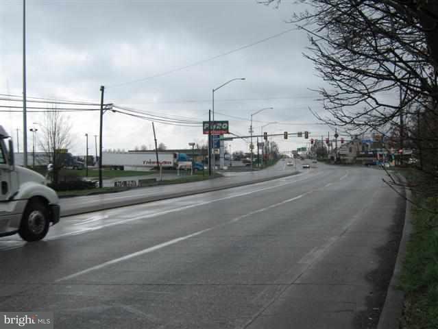 0 Harrisburg Pike, Carlisle, PA - USA (photo 5)