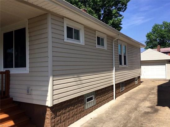 4730 Horton Rd, Garfield Heights, OH - USA (photo 2)