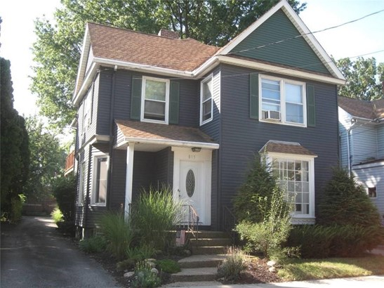 815 W 10th Street, Erie, PA - USA (photo 1)