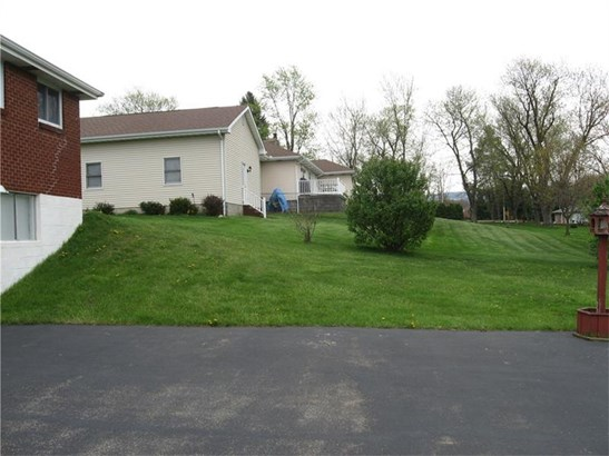 3375 Country Club Road, Mount Pleasant, PA - USA (photo 5)