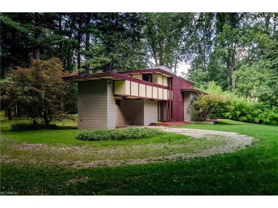 2215 River Rd, Willoughby Hills, OH - USA (photo 3)