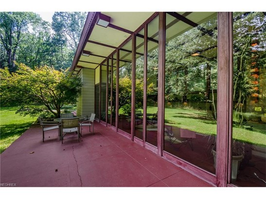 2215 River Rd, Willoughby Hills, OH - USA (photo 5)