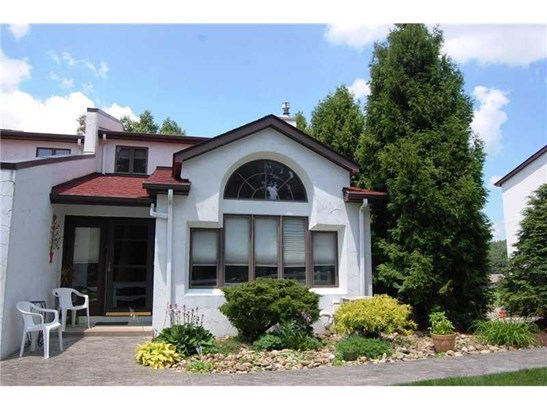 701 Casa Vita Drive, Hempfield, PA - USA (photo 1)