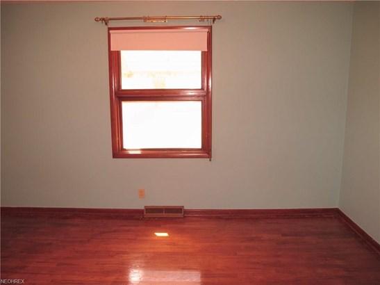 6028 Dunham Rd, Maple Heights, OH - USA (photo 4)
