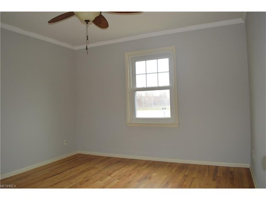 12508 Bangor Ave, Garfield Heights, OH - USA (photo 5)