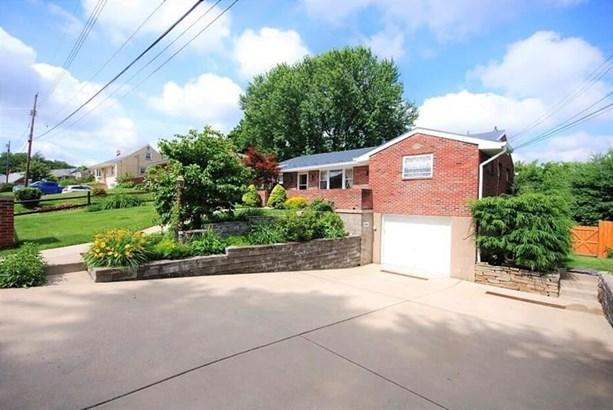 431 Kathy Lynn, Plum, PA - USA (photo 1)