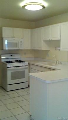 13625 Summerwood, Sterling Heights, MI - USA (photo 3)