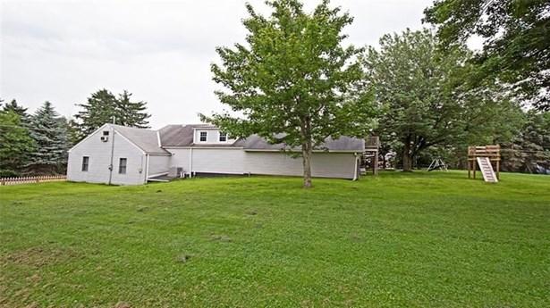 686 Saxonburg Rd, Butler, PA - USA (photo 2)