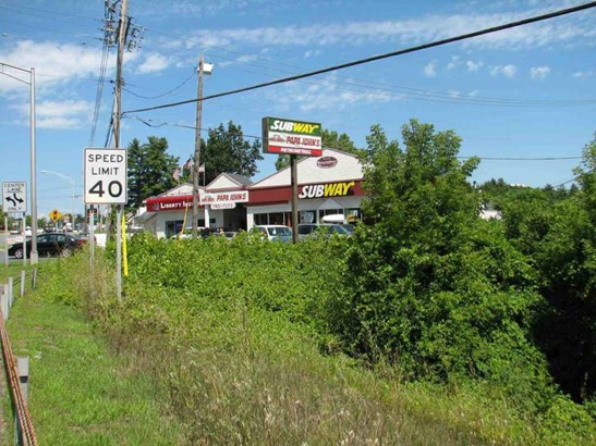 870 State Route 9, Queensbury, NY - USA (photo 5)