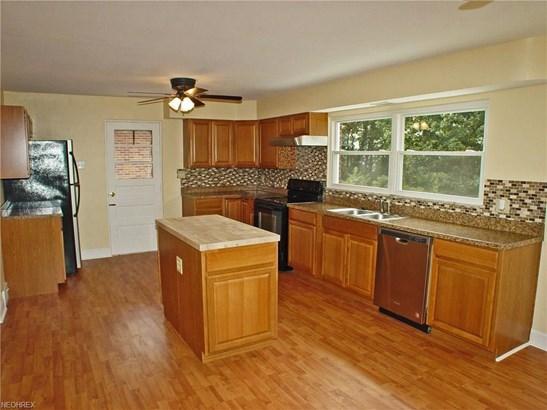 185 St. Johns Rd, Weirton, WV - USA (photo 4)