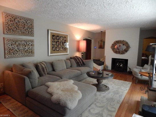 374 Nob Hill Dr, Akron, OH - USA (photo 4)