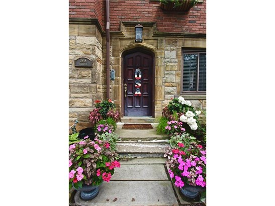 2615 Charney Rd, University Heights, OH - USA (photo 2)